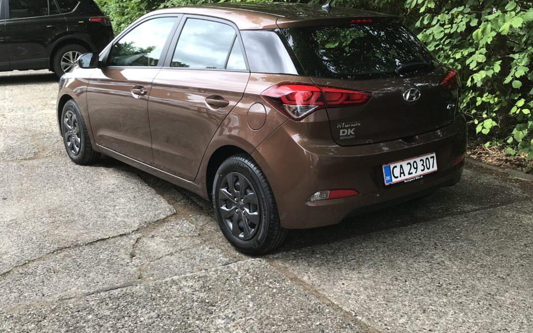 Hyundai i20 (brun)